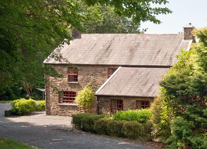 aspen-house-holiday-home-glengarriff-exterior