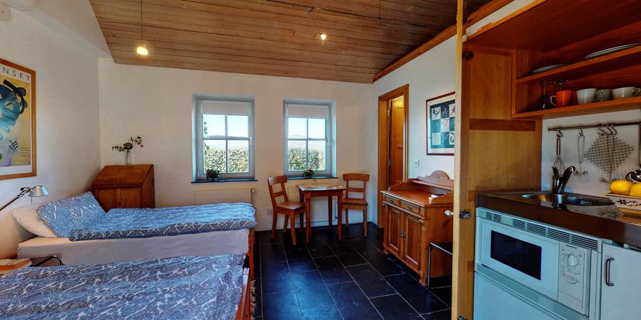 ballyvonane-house-apartment-Interior-3-adj-ps-900x450