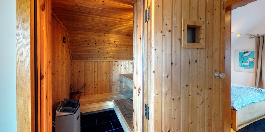 kilcomane-house-sauna-900x450