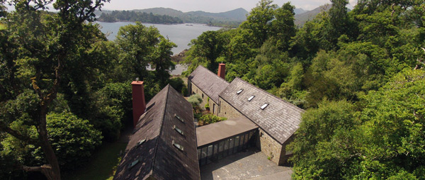 linden--house-glengarriff-co-cork-holiday-home-arial-view-600x