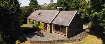 maple-house-glengarriff-co-cork-holiday-home-arial-view-400x