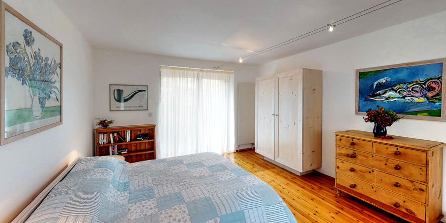 silver-birch-house-master-bedroome-900x450