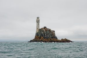 cashelfean-holiday-houses-west-cork-lighthouse-900x600